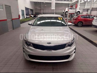 Foto venta Auto usado Kia Optima 2.4L GDI LX (2017) color Plata precio $310,000