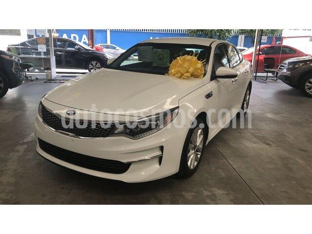 Kia Optima 2.4L GDI EX usado (2018) color Blanco Perla precio $339,000