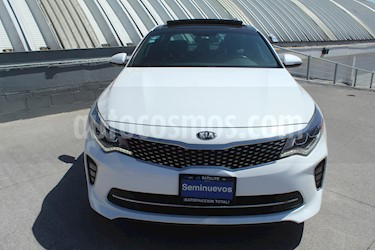Foto Kia Optima 2.0L Turbo GDI SXL usado (2018) color Blanco precio $319,000