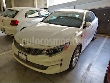 Kia Optima 2.4L GDI EX Pack usado (2018) color Blanco precio $310,000