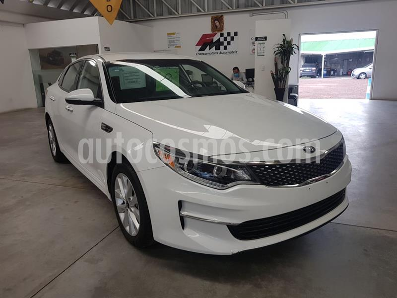 foto Kia Optima 2.4L GDI EX usado (2018) color Blanco precio $339,000