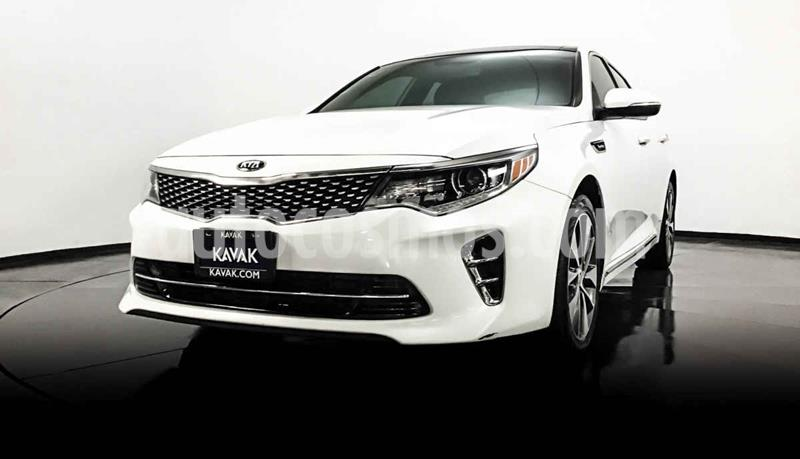 Kia Optima 2.0L Turbo GDI SXL usado (2016) color Blanco precio $292,999