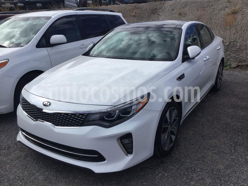 Kia Optima 2.0L Turbo GDI SXL usado (2018) color Blanco precio $395,000
