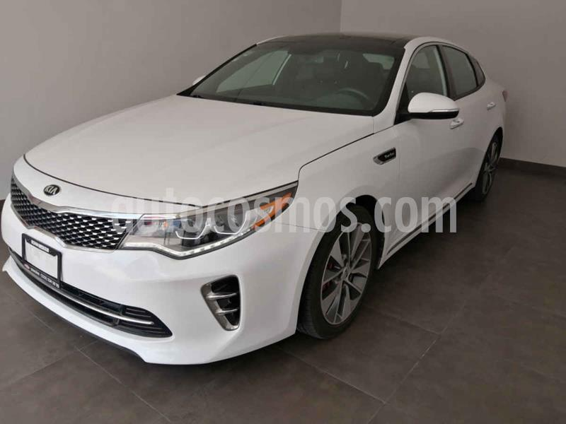 Kia Optima 2.0L Turbo GDI SXL usado (2017) color Blanco precio $310,000