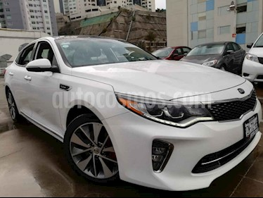 Kia Optima 2.0L Turbo GDI SXL usado (2018) color Blanco precio $385,000