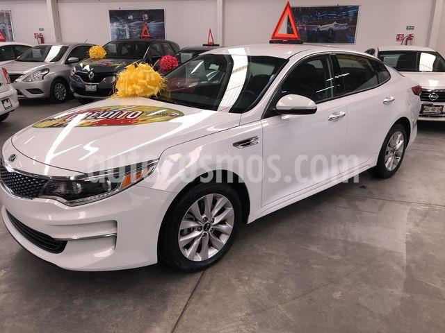 Kia Optima 2.4L GDI EX usado (2018) color Blanco Perla precio $319,000