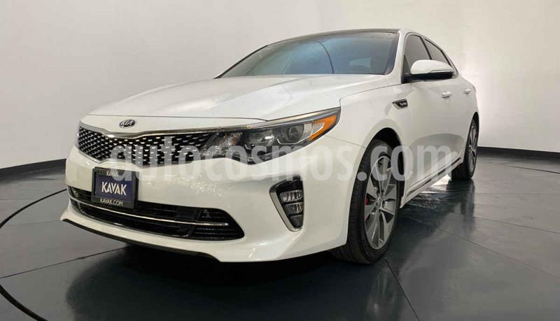Kia Optima 2.0L Turbo GDI SXL usado (2018) color Blanco precio $362,999