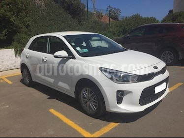 Foto venta Auto usado Kia Rio 5  EX 1.4L Full (2018) color Blanco precio $8.100.000