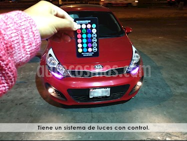 Foto venta Auto Usado KIA Rio Hatchback 1.4L EX Full Luxe Aut (2013) color Rojo precio u$s11,500