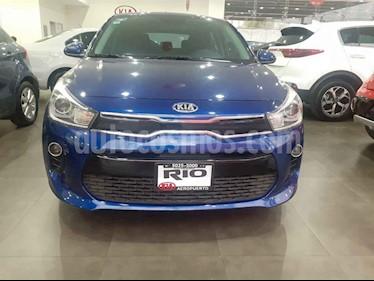Foto Kia Rio Hatchback EX Aut usado (2019) color Azul precio $259,000