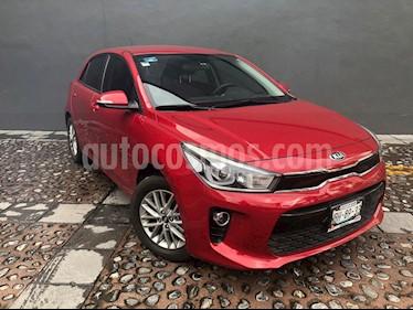 Foto venta Auto usado Kia Rio Hatchback EX Aut (2018) color Rojo precio $250,000