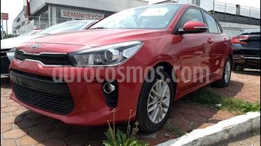Foto venta Auto usado Kia Rio Hatchback EX Aut (2018) color Vino Tinto precio $208,000
