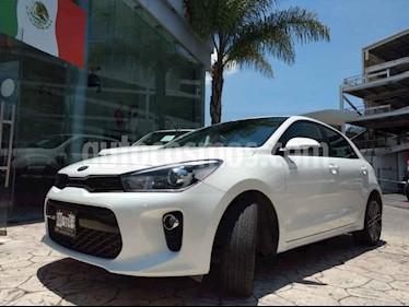 Foto venta Auto usado Kia Rio Hatchback EX Pack Aut (2018) color Blanco precio $269,999