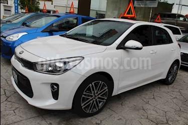 Foto venta Auto usado Kia Rio Hatchback EX Pack Aut (2018) color Blanco precio $265,000