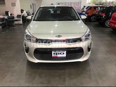 Foto venta Auto usado Kia Rio Hatchback EX Pack Aut (2018) color Blanco precio $264,000