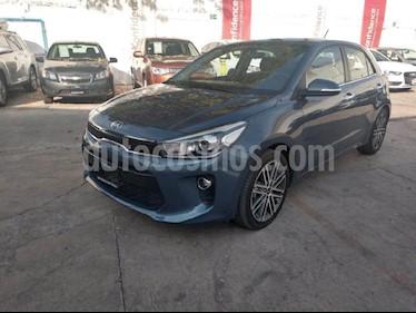 Foto venta Auto Seminuevo Kia Rio Hatchback EX Pack Aut (2018) color Azul precio $305,000