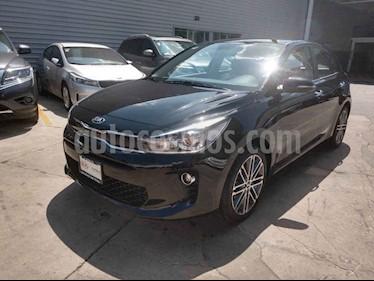 Foto Kia Rio Hatchback EX Pack Aut usado (2019) color Negro precio $305,000