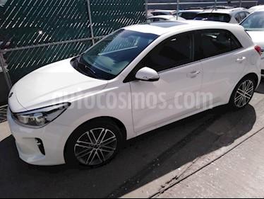 Foto venta Auto usado Kia Rio Hatchback EX Pack Aut (2018) color Blanco precio $286,500