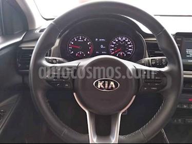 Foto venta Auto usado Kia Rio Hatchback EX Pack Aut (2019) color Blanco precio $300,000