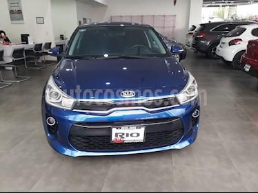 Foto venta Auto usado Kia Rio Hatchback EX (2018) color Azul precio $244,000