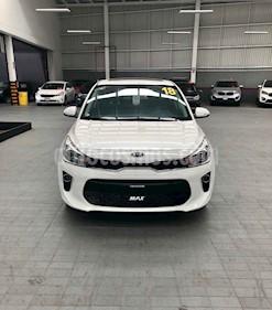 Foto venta Auto usado Kia Rio Hatchback EX (2018) color Blanco precio $269,900