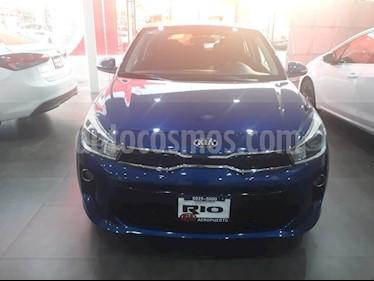 Foto venta Auto usado Kia Rio Hatchback EX (2018) color Azul precio $234,000