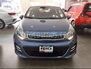 Foto Kia Rio Hatchback EX usado (2017) color Azul precio $199,000