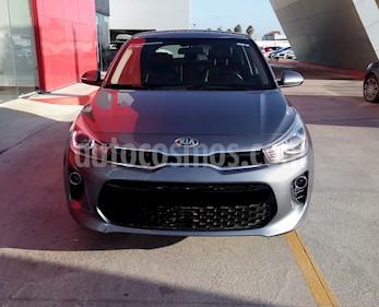 Foto Kia Rio Hatchback EX usado (2018) color Gris Urbano precio $245,000