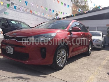 Foto venta Auto Seminuevo Kia Rio Hatchback L (2018) color Rojo precio $215,000