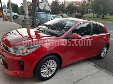 Foto venta Auto usado Kia Rio Hatchback LX (2018) color Rojo precio $180,000