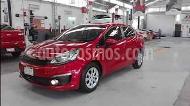 Foto venta Auto usado Kia Rio Hatchback LX (2017) color Rojo precio $157,000