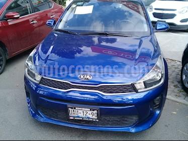 Foto venta Auto usado Kia Rio Hatchback LX (2018) color Azul precio $205,000