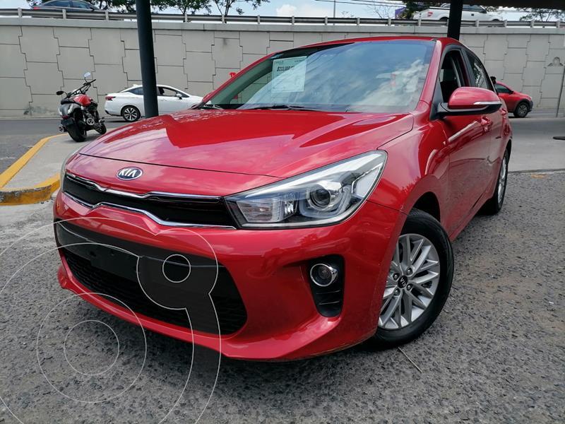 Foto Kia Rio Hatchback EX usado (2018) color Rojo Fuego precio $238,000