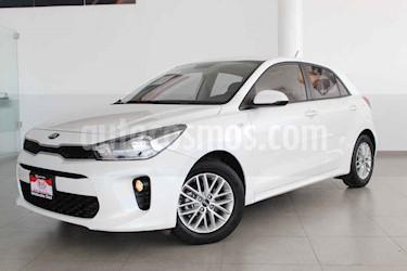 Kia Rio Hatchback LX Aut usado (2018) color Blanco precio $219,000