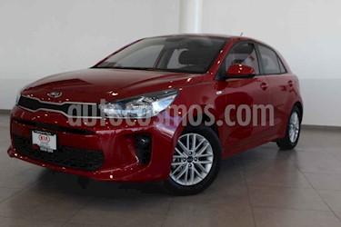 Kia Rio Hatchback LX usado (2020) color Rojo precio $245,000