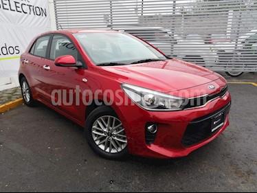 Kia Rio Hatchback EX Aut usado (2020) color Rojo precio $260,000