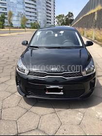 Kia Rio Hatchback LX Aut usado (2018) color Negro precio $215,000
