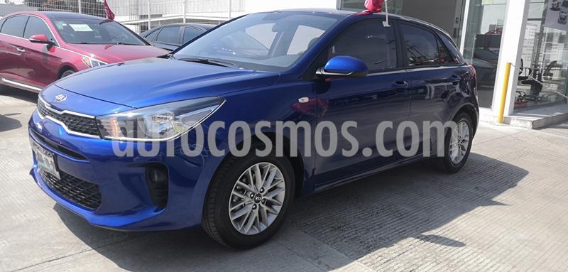 Kia Rio Hatchback LX usado (2018) color Azul Azzuro precio $203,000