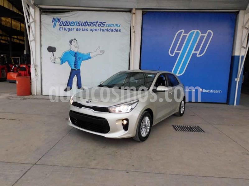 Kia Rio Hatchback EX usado (2018) color Plata precio $133,000