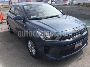 Kia Rio Hatchback LX usado (2018) color Azul precio $210,000