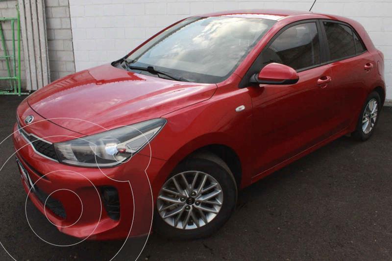 Foto Kia Rio Hatchback LX Aut usado (2018) color Rojo precio $213,000