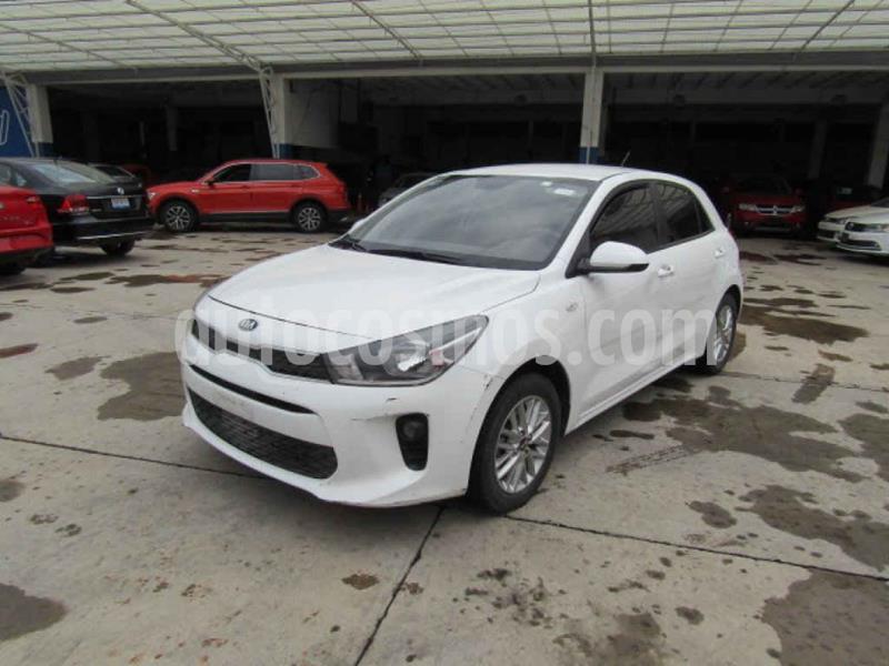 Kia Rio Hatchback LX Aut usado (2018) color Blanco precio $123,000