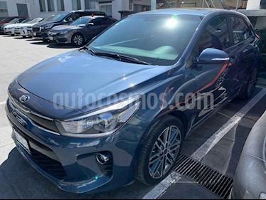 Kia Rio Hatchback EX Pack Aut usado (2018) color Azul precio $250,000