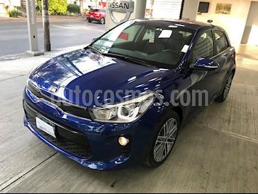 Kia Rio Hatchback EX usado (2018) color Azul precio $255,000