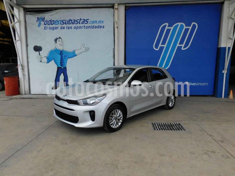 Kia Rio Hatchback LX usado (2018) color Plata precio $132,000