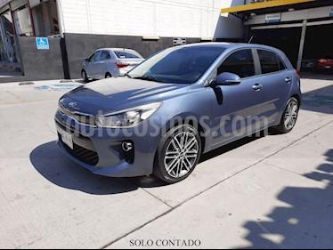 Kia Rio Hatchback EX Pack Aut usado (2018) color Azul Azzuro precio $220,000
