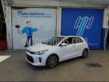 Kia Rio Hatchback EX Pack Aut usado (2020) color Blanco precio $237,000