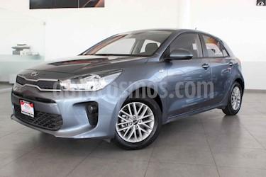 Kia Rio Hatchback LX usado (2019) color Azul precio $239,000