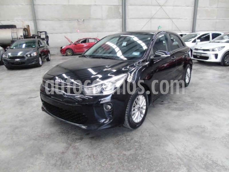 Kia Rio Hatchback EX Aut usado (2018) color Negro precio $127,000