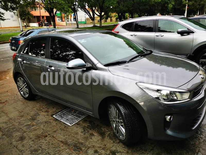 Kia Rio Hatchback EX Pack Aut usado (2018) color Azul precio $240,000